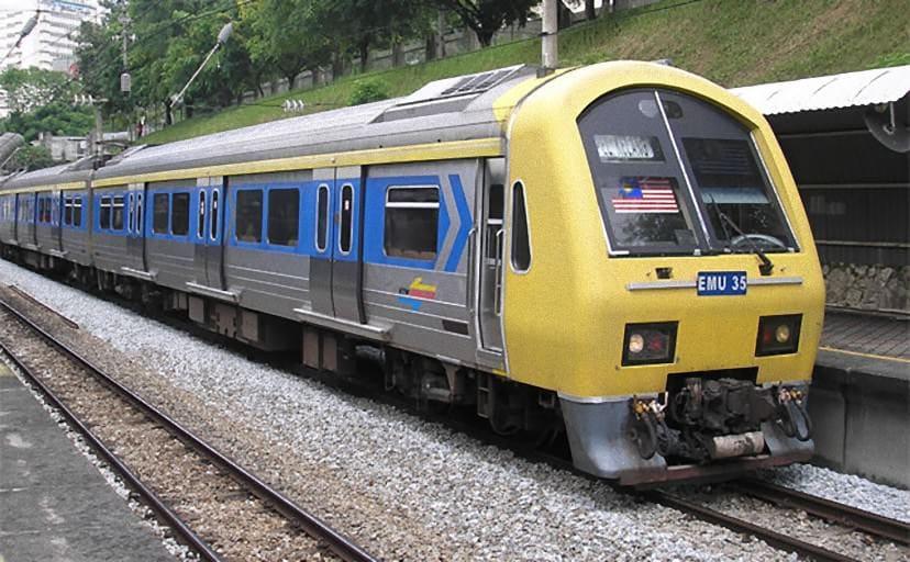 Class_83_KTM_Komuter_train,_Kuala_Lumpur