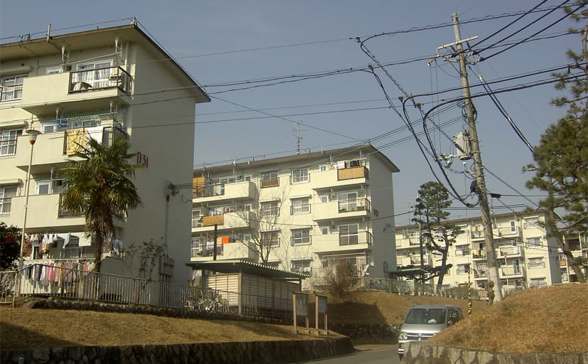 Traditional_scenery_in_Kori_housing_complex