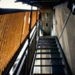 アパートの階段(フリー写真)