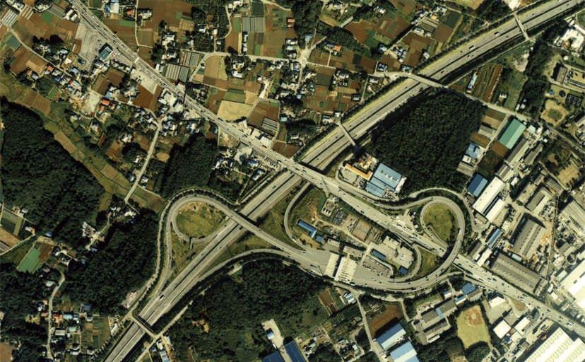 柏インターチェンジの航空写真