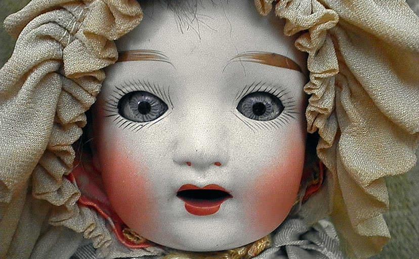 フランス人形(フリー写真)