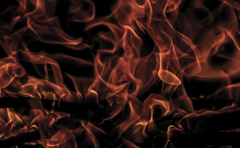 炎(フリー写真)