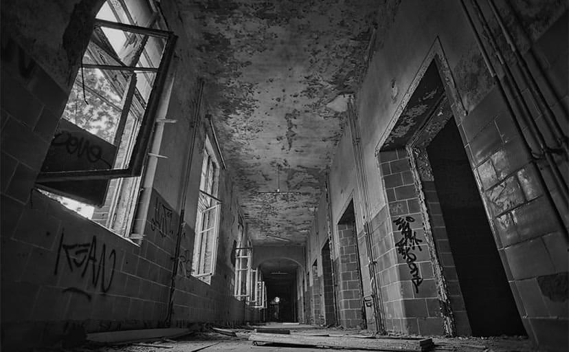 廃墟ホテル(フリー素材)