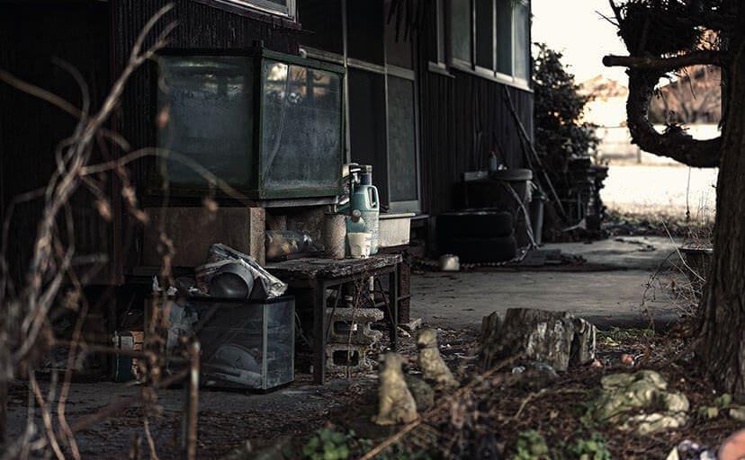 廃屋(フリー写真)
