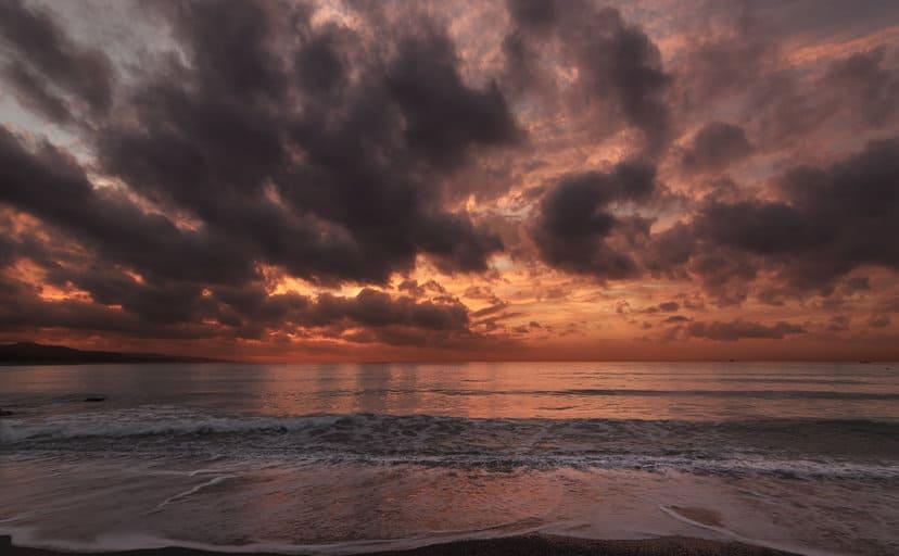 浜辺(フリー写真)