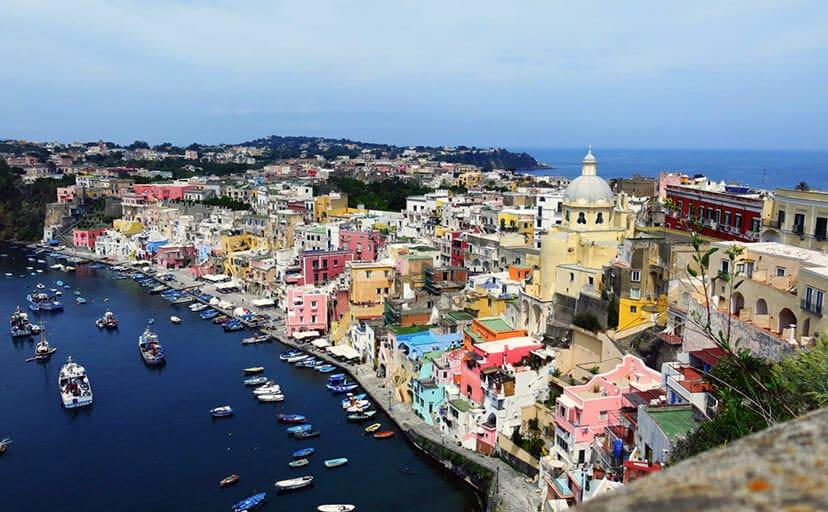 イタリアの町並み(フリー写真)