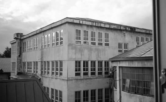 校舎(フリー写真)