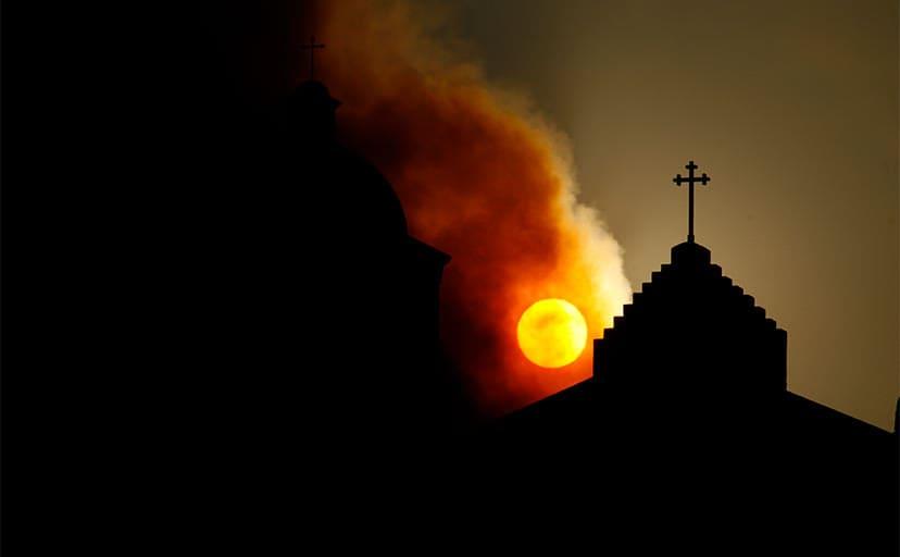 教会(フリー画像)