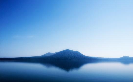湖(フリー写真)
