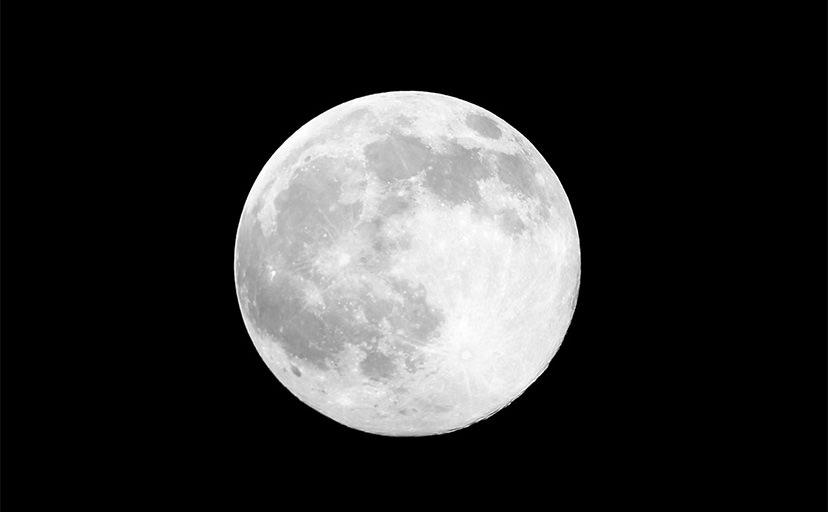 月(フリー素材)