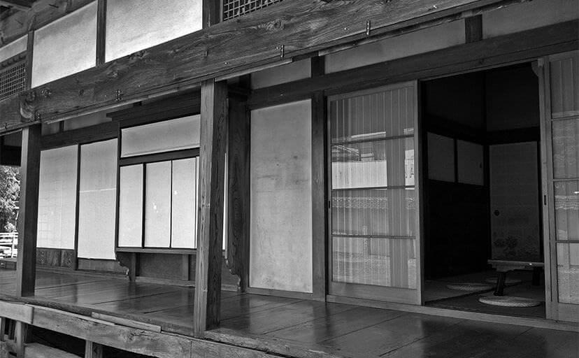 日本家屋(フリー写真)
