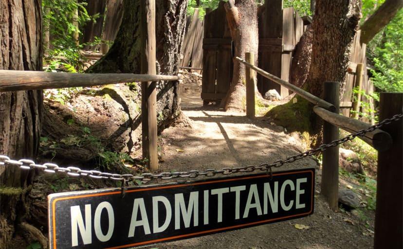no-admittance