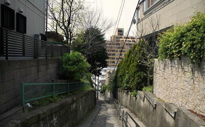 坂道(フリー写真)