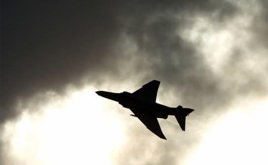 戦闘機(フリー写真)