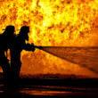 消防隊員(フリー写真)