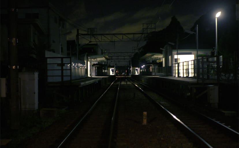 夜の駅(フリー素材)