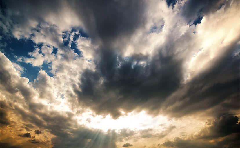 天使のはしご(フリー写真)