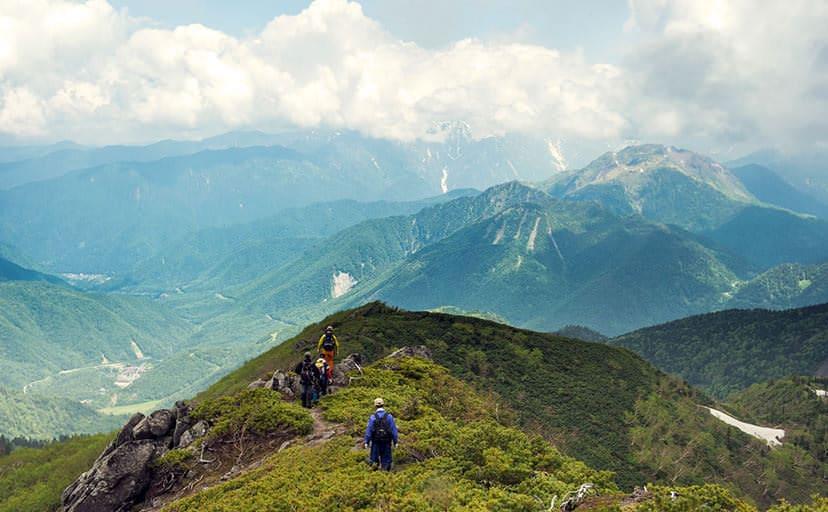 登山(フリー写真)