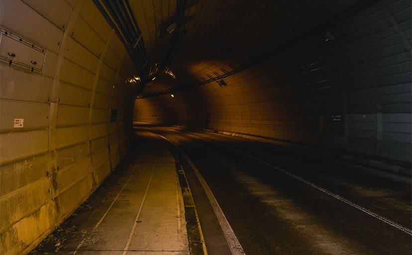 トンネル(フリー素材)