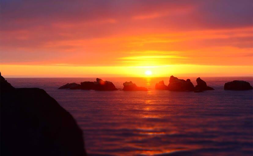 海の夕焼け(フリー写真)