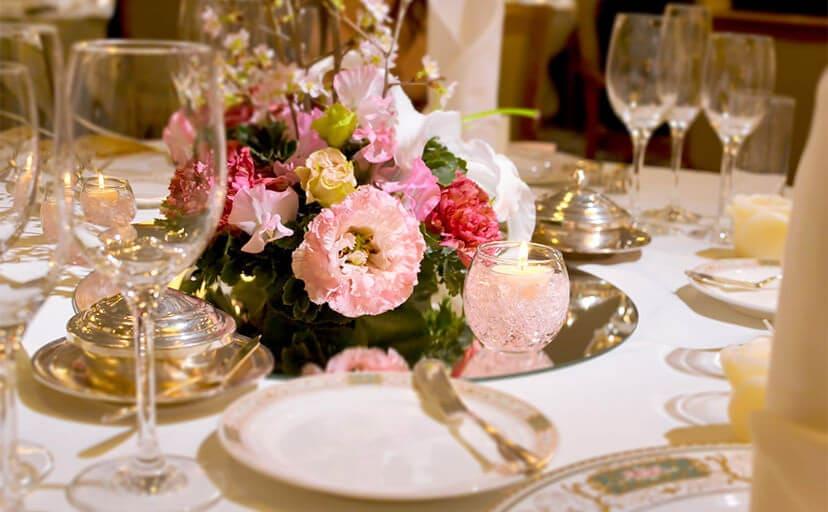 結婚式の席(フリー写真)