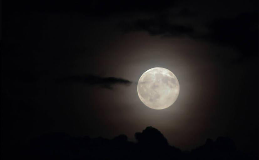 夜空(フリー写真)